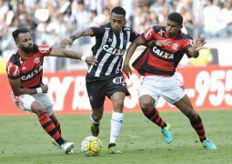 Galo vira placar, mas cede empate ao Flamengo, em resultado ruim para ambos no Brasileiro