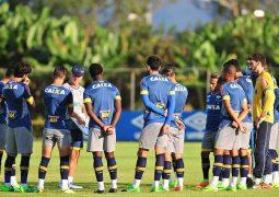 Cruzeiro recebe Nacional e inicia caminhada na luta por título inédito da Sul-Americana