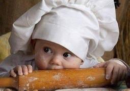 """Confira um ensaio super fofo de """"Bebês Cozinheiros"""""""