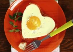 Clara de ovo emagrece: 7 formas de incluí-la na dieta