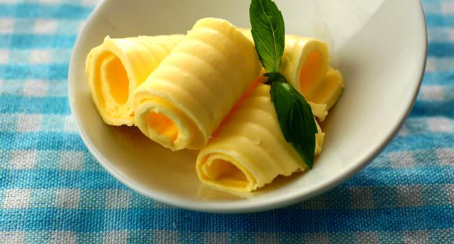 manteiga-ghee-o-que-e-emagrece-beneficios-hm-650x350 (1)