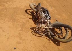 Motociclista de Guarda dos Ferreiros bate em carro e morre na estrada da Capelinha