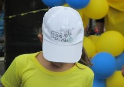 """Vídeo: Melhores momentos da Caminhada """"Passos que Salvam"""""""