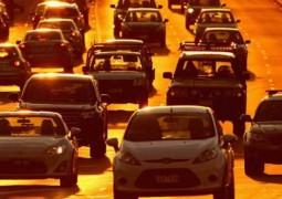 Após nova regra, PRF aplica 30 multas por hora