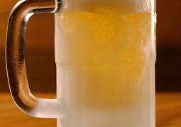 Beber cerveja faz bem e pode combater o diabetes