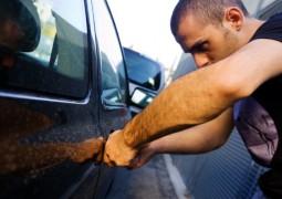 Seu carro dorme na rua? Veja o que atrai ou afasta ladrões de carros