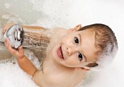 Banho a cada três dias? De acordo com artigo, Brasileiros tomam muitos banhos durante o ano e hábito poderia ser diferente