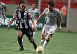 Atlético Mineiro perde mais uma e Cruzeiro empata em estréia na Libertadores