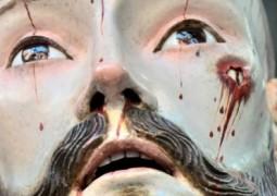 Surpreendente: Dentes humanos foram encontrados na boca de estátua de Jesus, com 300 anos, após exames de raios-X