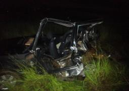 Grave acidente envolvendo dois veículos próximo aos eucaliptos deixa jovem gravemente ferido