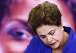 Dilma monta 'junta de ministros' para tentar salvar base
