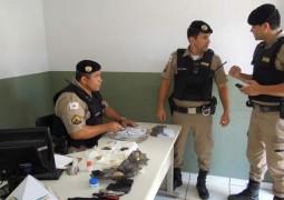 """""""Vovó"""" do tráfico: Mulher de 65 anos é presa em Patos de Minas transportando pedras de crack"""