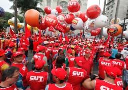 Governo é derrotado e Câmara aprova urgência em projeto sobre terceirizações