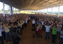 Terço dos Homens de São Gotardo comemora 4 anos de existência e reúne centenas de pessoas no Parque de Exposições