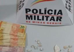 Polícia Militar de Carmo do Paranaíba prende suspeito de tráfico de drogas
