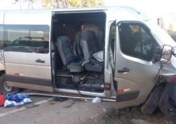 13 pessoas ficam feridas em grave acidente na BR-262
