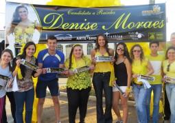 Candidata a Rainha da FENACEN 2015, Denise Moraes realiza blitz e covoca sua torcida em São Gotardo