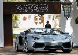 Fernando Collor é investigado em Operação Lava Jato e PF apreende Ferrari, Porsche e Lamborghini do ex-presidente
