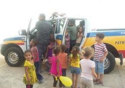 Polícia Militar de Guarda dos Ferreiros realiza Dia de Conscientização com crianças carentes