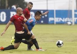 Cruzeiro é derrotado pelo Villa Nova no primeiro teste do treinador Deivid
