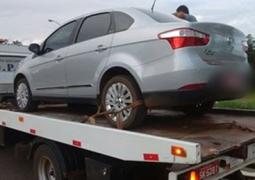 Polícia Militar Rodoviária prende autores de roubo e recupera veículo tomado de assalto