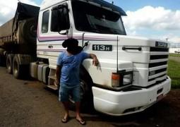 Carreta é furtada em Posto de Combustível na cidade de Patos de Minas e motorista tenta localizar veículo