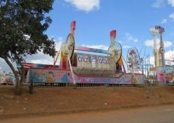 """Parque de diversões """"Corinto Center Park"""" que estava em São Gotardo é furtado em Carmo do Paranaíba"""