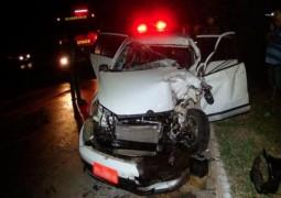 Taxista da cidade de Ibiá fica ferido em acidente na BR-365 em Patos de Minas