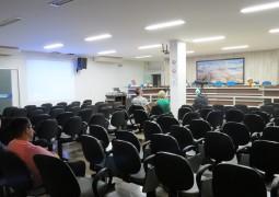 Com plenário vazio, Audiência Pública para discutir a LDO é realizada em São Gotardo