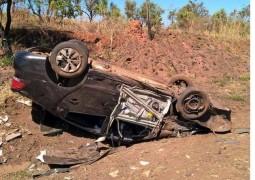 Duas pessoas ficam feridas em acidente na BR-365 próximo à cidade de Patrocínio