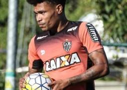 Além dos desfalques, Atlético-MG liga alerta para jogadores pendurados