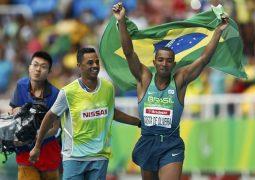 Ricardo Costa conquista o primeiro ouro para o Brasil no salto em distância para cegos