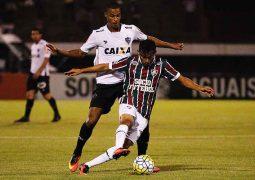 Atlético cede virada ao Fluminense no Rio e vê distância para o líder do Brasileirão aumentar