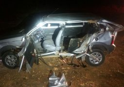 Passageiro fica gravemente ferido em acidente na BR-365 e motorista foge sem prestar socorro