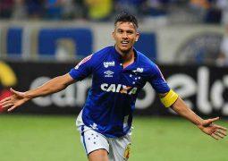 Cruzeiro vence o Grêmio no Mineirão, encerra jejum e respira no Campeonato Brasileiro
