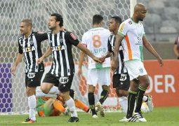Atlético derrota América no Mineirão e reduz diferença para o líder Palmeiras no Brasileiro