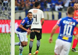 Emoção, drama e gols: Cruzeiro bate Corinthians e pega Grêmio nas semifinais da Copa do Brasil
