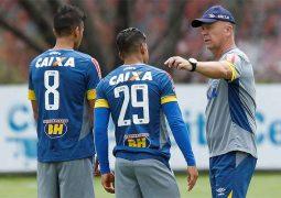 Com Mineirão lotado, Cruzeiro recebe o Grêmio em jogo dos maiores campeões da Copa do Brasil