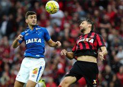 Time misto do Cruzeiro não suporta força do Atlético-PR no Paraná e perde 14º jogo na Série A