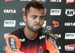 Carioca quer vitória sobre o líder para Atlético ganhar moral e seguir na luta por objetivo