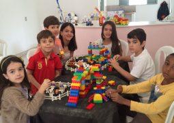 """Colégio Dimensão completa 20 anos e realiza """"Oficinas de Lego Educacional"""" em São Gotardo"""