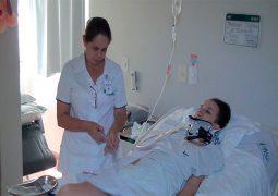 Jovem que sofreu acidente em Patos de Minas e emocionou internet recebe alta após mais de 100 dias de internação