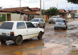 Após reclamações, Portal SG AGORA registra ruas esburacadas de São Gotardo