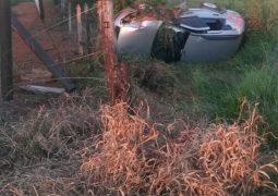 Motoristas e passageiros saem ilesos de grave acidente na LMG-764 entre as cidades de Matutina e Tiros