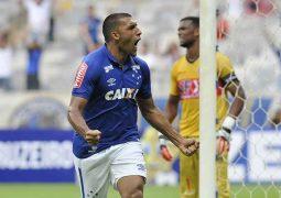 Em jogo para testes, Ramón Ábila brilha e time reserva do Cruzeiro derrota Tricordiano