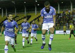 Cruzeiro joga bem, cumpre missão e vai à 2ª fase da Copa do Brasil