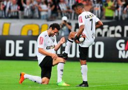 No embalo de Fred, Atlético goleia o América e assume liderança isolada do Mineiro