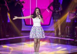 Cantora mirim da cidade de Patos de Minas participa do The Voice Kids e encanta jurados