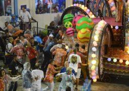 Acidente grave deixa feridos no desfile da Paraíso do Tuiuti