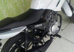 Motocicleta é furtada e proprietária pede ajuda para recuperá-la